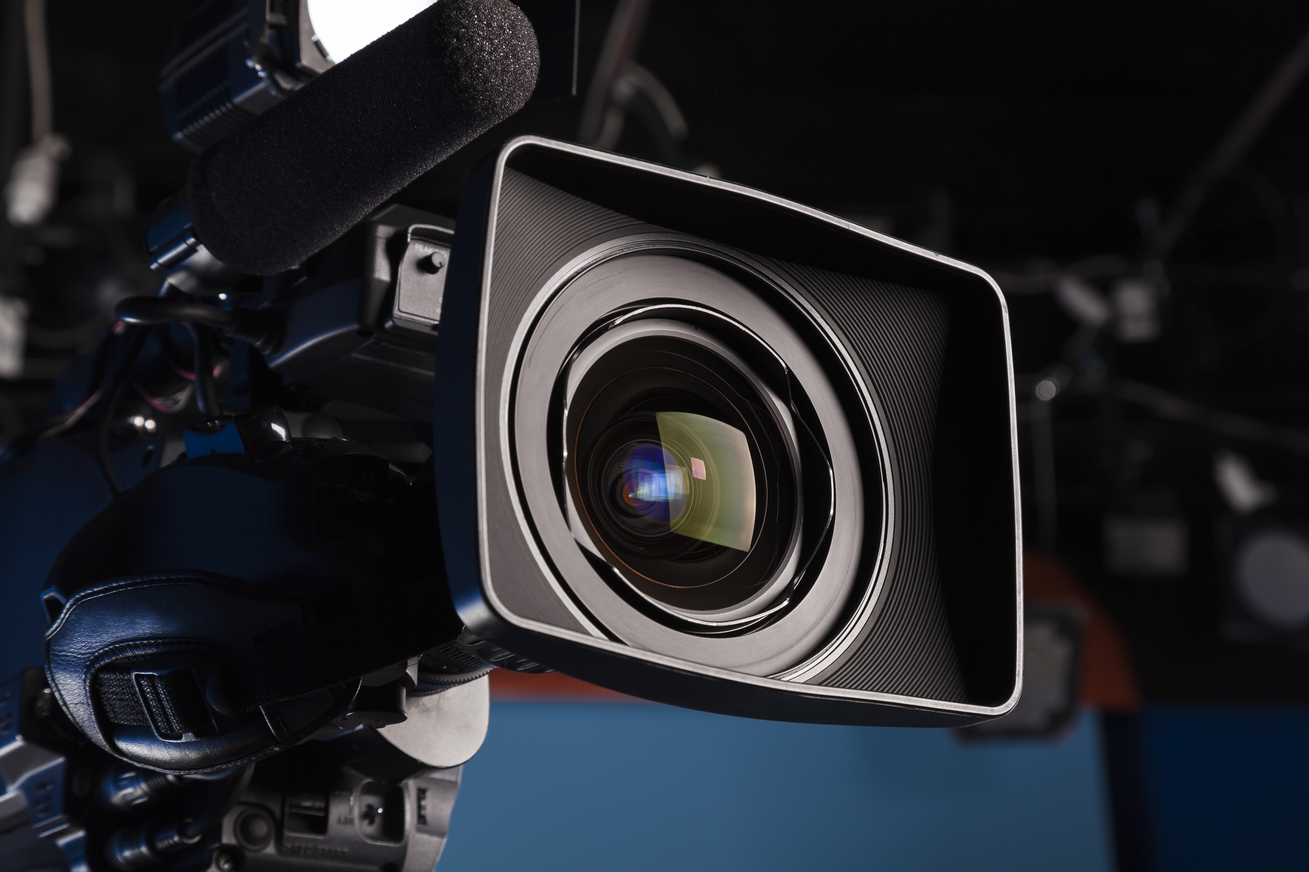 lens, optic, camera, television, camcorders, microphone, equipment, focus, media, professional, studio, digital, reflection, film, contrast, light, recording, video, zoom